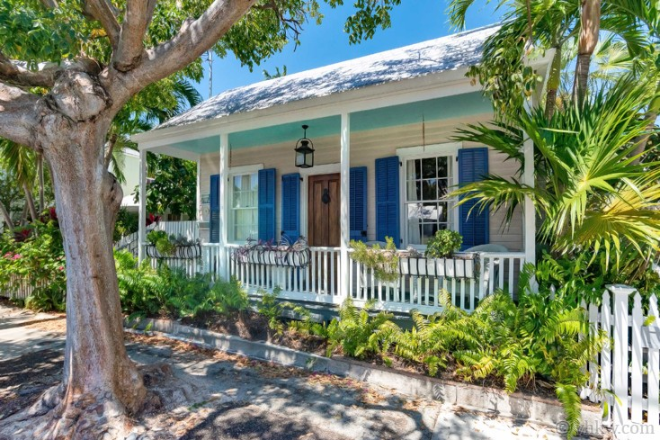 key west island village cottage