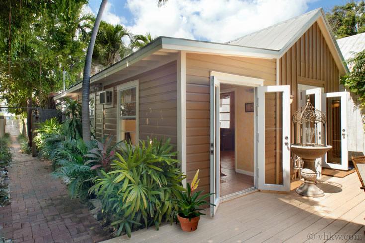 Secret Courtyard Cottage Key West Rentals