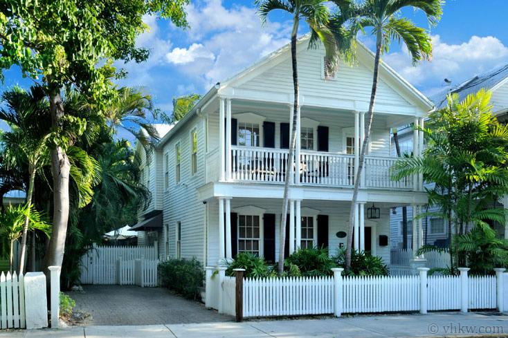 The Caroline House Estate 5 Bedroom Nightly Vacation Rental