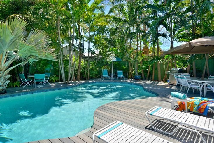 Tropical luxury 4 bedroom nightly vacation rental